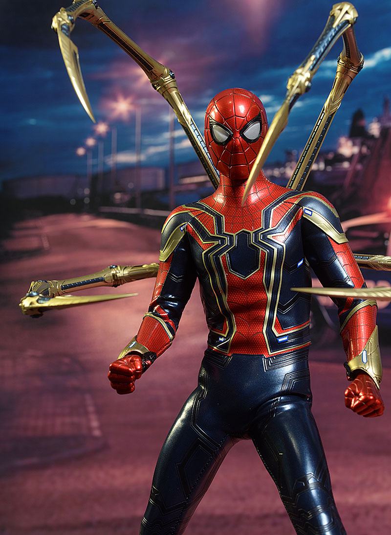 Hot Toys Iron Spider review Review_ironspider_6