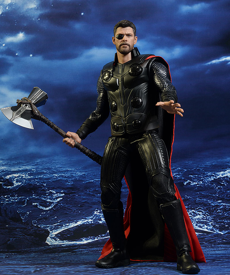 Hot Toys Avengers: IW Thor review Review_iwthor_10