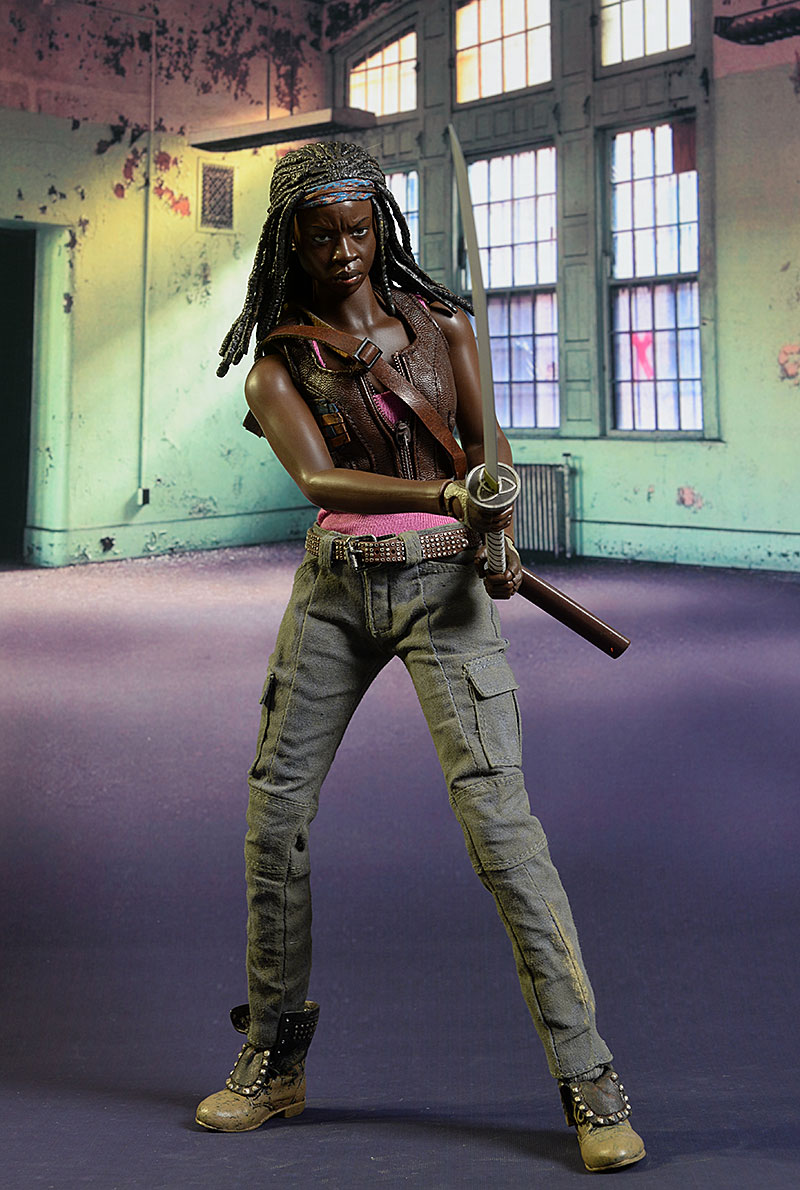 Topics tagged under threezero on OneSixthFigures Review_michonne_6