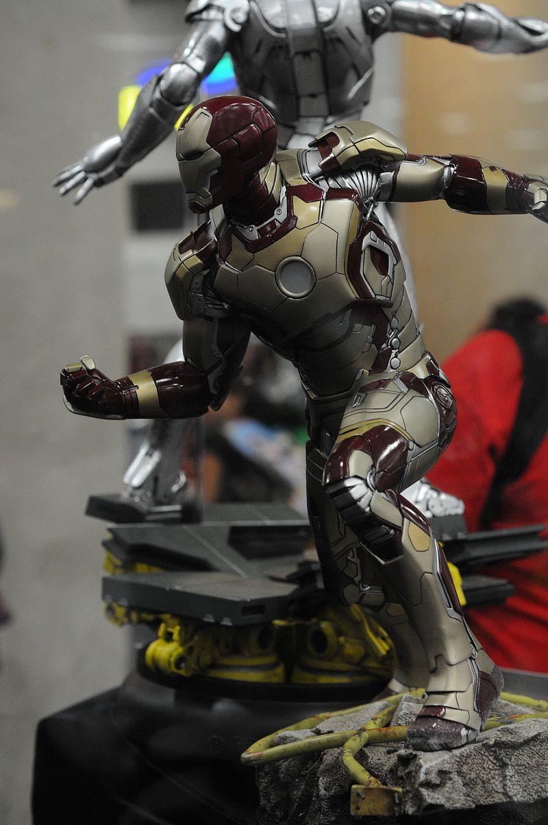 [Sideshow] Iron Man 3: Mark 42 - Maquette LANÇADO!!! - Página 5 Sdcc2014_sideshow_84