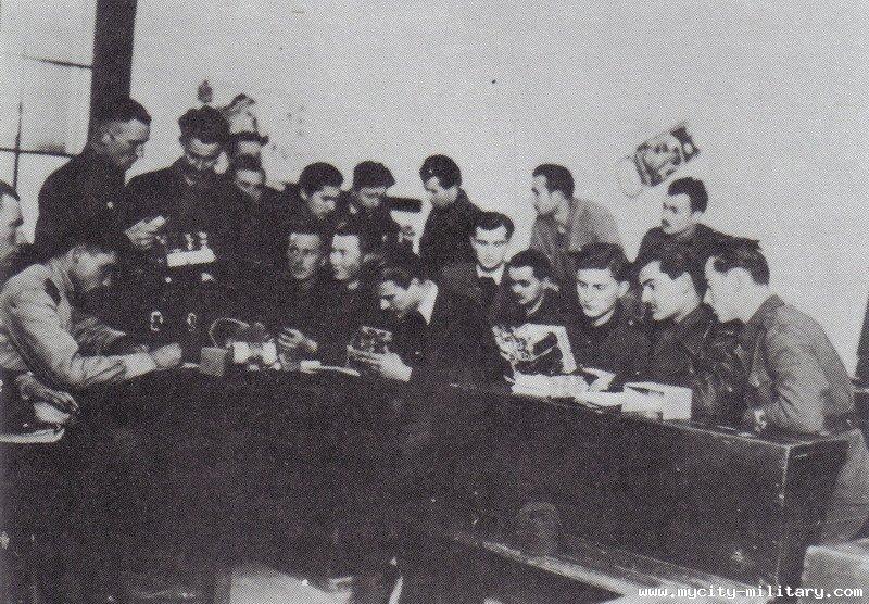 Stvaranje i razvoj vazduhoplovstva NOVJ (1942 - 1945) 18848_55876763_n12%202