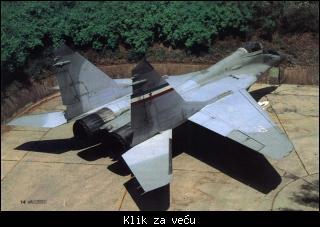 MiG-29 111696_tmb_68509127_yuMig29-1