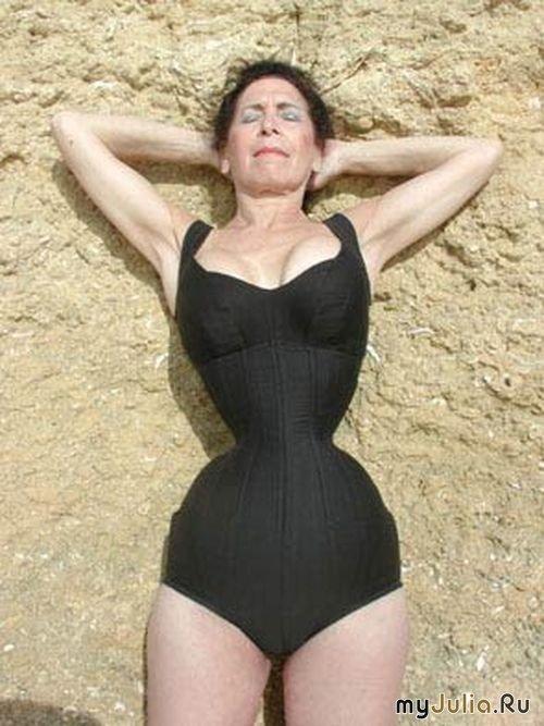 Кэти Юнг – обладательница самой тонкой талии в мире 493133_9723nothumb500