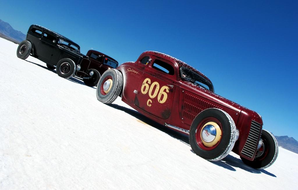 Videoita ja kuvia - Sivu 4 Coupes-on-Salt-Flats-Bonneville-2011