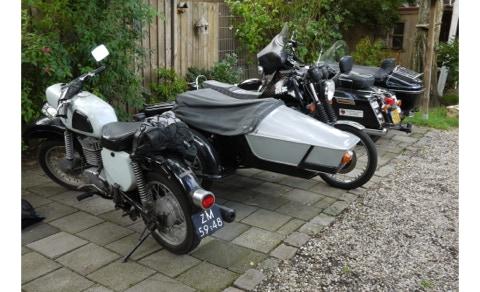 MZ aux Pays-Bas 12-480