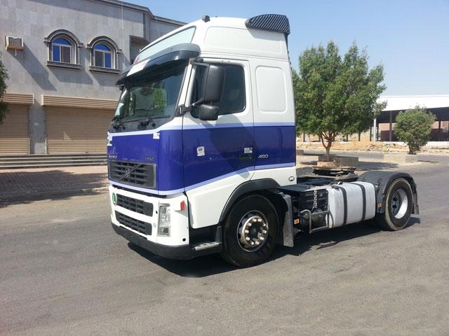 شاحنة فولفو موديل (2004) الحجم (fh12.460 13844375996618sh3