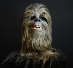 [Jeu] Association d'images - Page 6 Chewie-chewbacca-star-wars-biopic-fanboys-george-lucas-wookie-saga-science-fiction-peter-mayhew