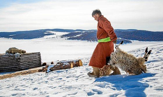 Mongolia: Votaciones, capitales extranjeros, minería del oro... salarios inferiores a 200 €. Pd04_ardia