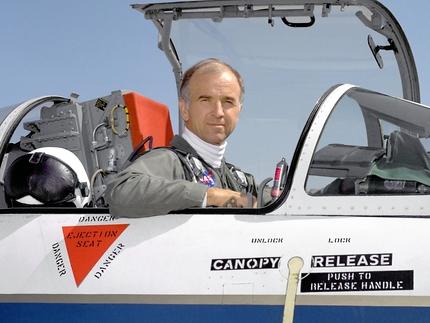 "Perlan II, le planeur ""spatial"" de Airbus et Perlan Project 333127main_ECN-31797-FR2_full"