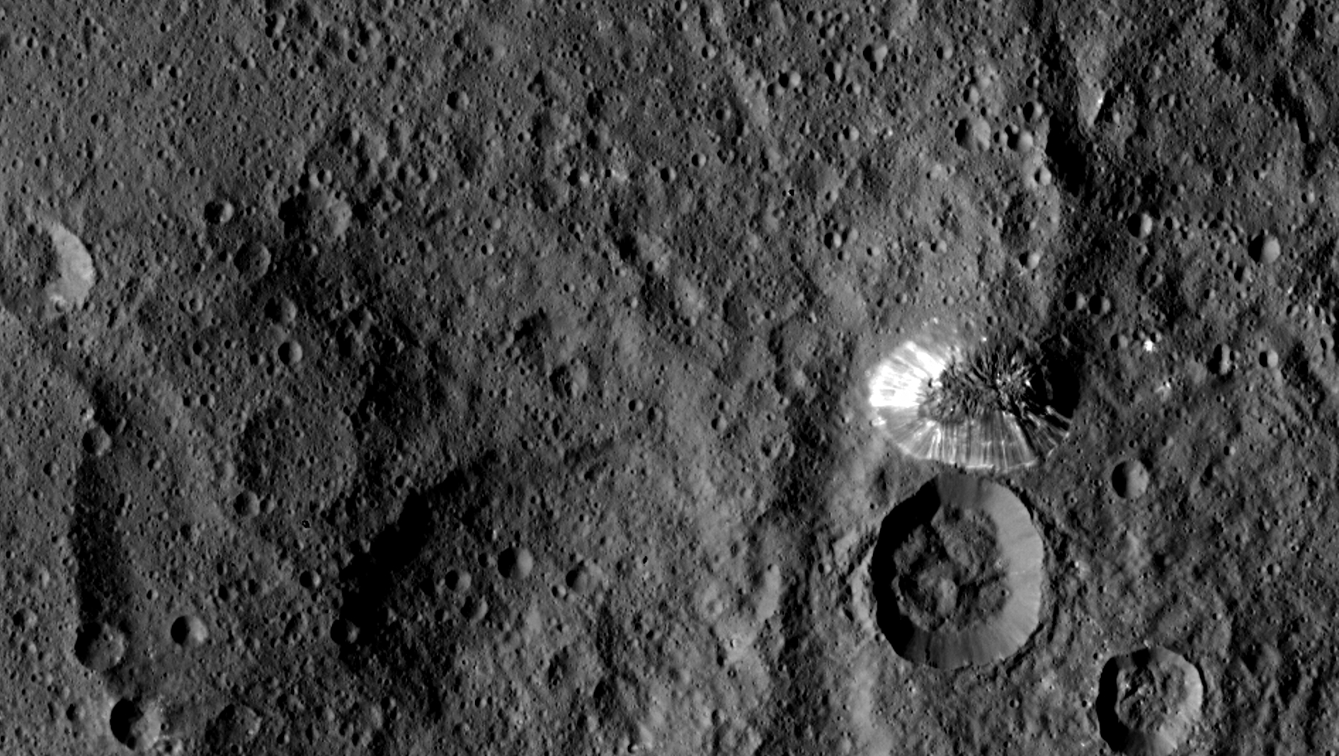 Mission Dawn/Ceres - Page 2 Pia19631