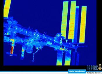 [STS-135] Atlantis: Déroulement de la mission.   - Page 6 A107