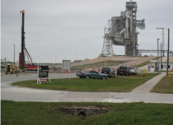 SpaceX - Page 28 2014-11-17-03_29_50-L2-Level_-SpaceX-Pad-39A-Conversion-Photos-and-Updates-350x253