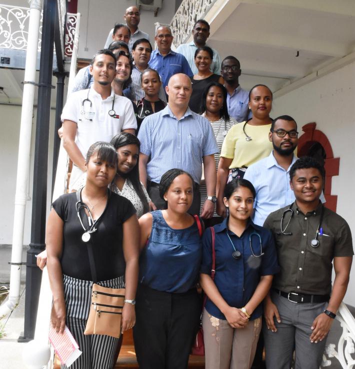 13 Seychellois doctors join health ministry 1906_0BwKlniGx