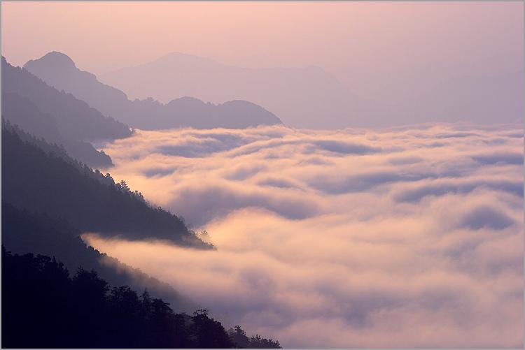 Les nuages Mer_nuage_village_le_mas