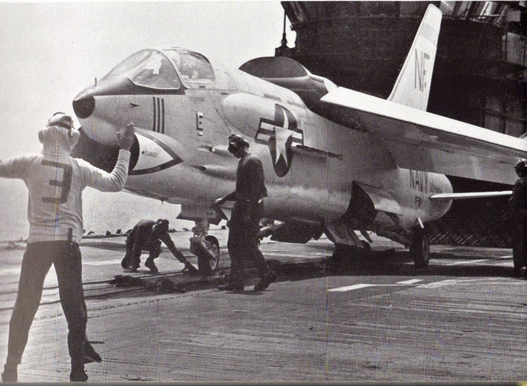 اسرع 50 طائرة في العالم Cb61-08