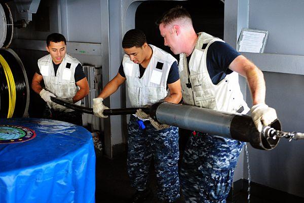 US Navy - Page 21 ANSLQ-25C_nixie_us_navy