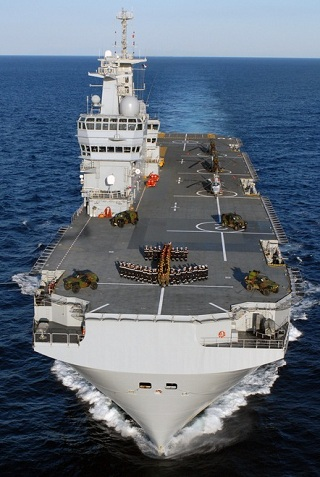 Armée Russe / Armed Forces of the Russian Federation - Page 2 Mistral_Tonnerre_BPC_LHD_French_Navy_Bow