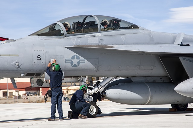 US Navy - Page 20 IRST_F18_118