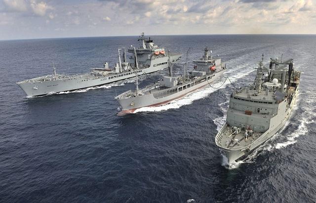 Armée Neo-Zélandaise / New Zealand Defence Force (NZDF) - Page 4 HMNZS_Endeavour