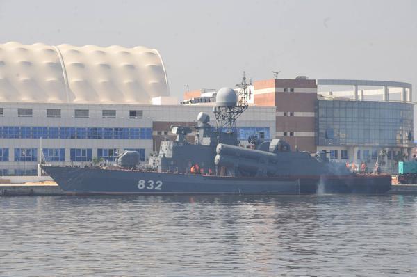 """بالصور.. شاهد وتعرف على سفينة """"إر – 32"""" الروسية الحاملة لصواريخ """"موسكيت"""" التى حصلت عليها مصر   - صفحة 2 P-32_Tarantul_class_Missile_Corvette_Project_12421_Molniya_Egypt_3"""