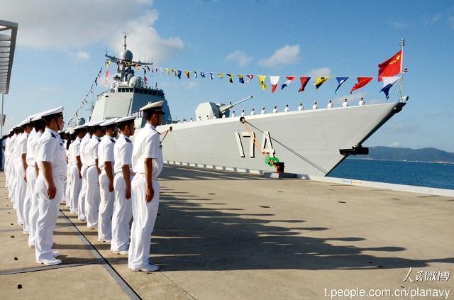2015...ماذا حدث للبحرية الصينية؟ Type_052D_174_Hefei_PLAN_China