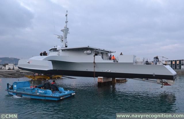 Armed Forces for the Defence of Mozambique / Forças Armadas de Defesa de Moçambique ( FADM ) - Page 2 CMN_OCEAN_EAGLE_43_Trimanran_Patrol_Vessel%20_Navy_Mozambique_1