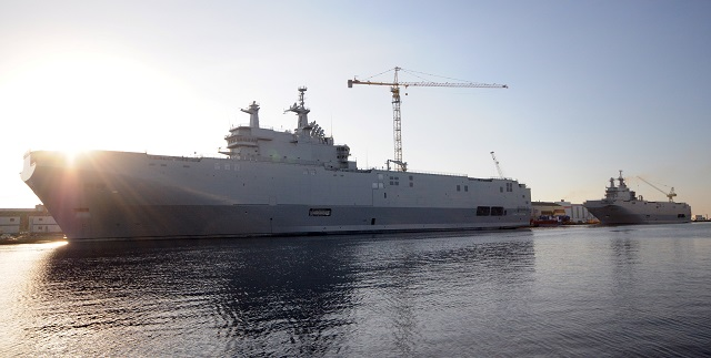 Mistral News thread - Page 40 MISTRAL_LHD_Egypt_Navy_STX_DCNS