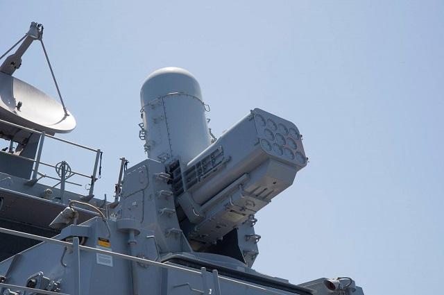 منظومة SeaRAM تقوم بصد صاروخ مضاد لسفن بنجاح SeaRAM_USS_Carney_US_Navy_2