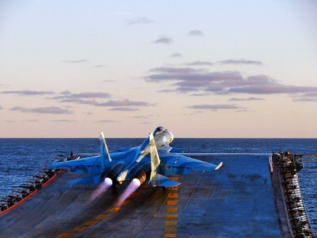 Russian Naval Aviation: News - Page 14 Su-33-Flanker-D