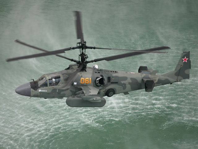 Ka-52K for Russian Navy - Page 3 Ka-52k_helicopters_tests_in_marine_conditions