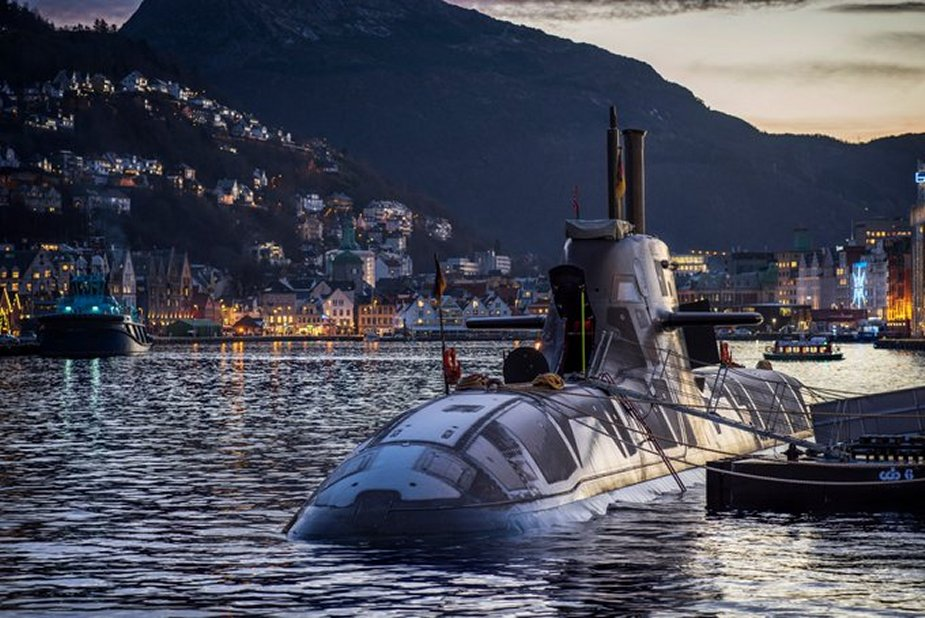 Armée norvegienne/Norwegian Armed Forces - Page 14 Norway_Kicks_off_Formal_Negotiations_with_Thyssenkrupp_Marine_Systems_for_New_Submarines_925_002