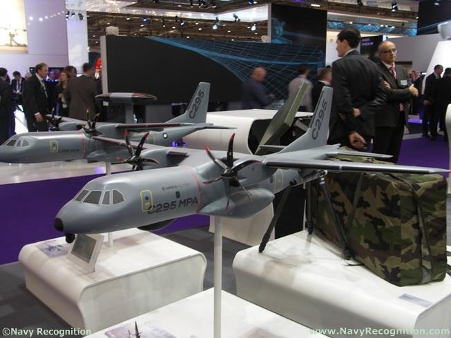 Meetings Internationaux - Page 5 Airbus_military_c295_mpa_dsei_2011