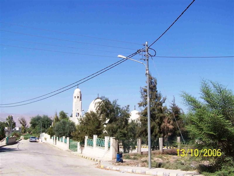 مسجد ومقام الصحابي الجليل ضرار بن الأزور - الأردن  649537970