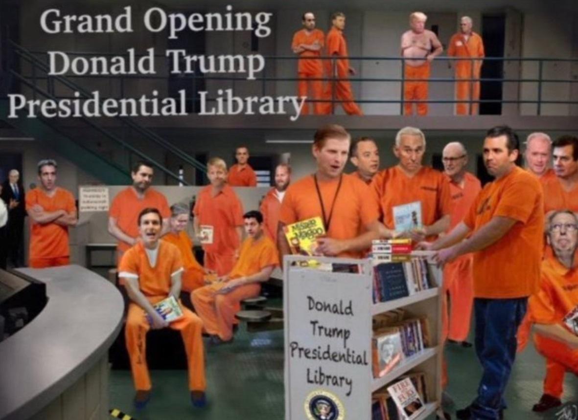 El apocalipsis TRUMP - Página 20 PHOTO-Grand-Opening-Donald-Trump-Presidential-Library-Meme