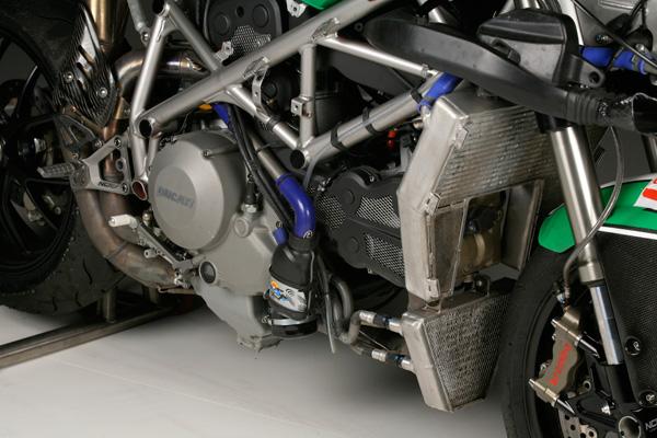 Ducat 848 / 848 EVO - Page 2 22