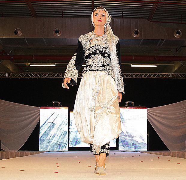 جمالـ العروســة الجزائرية Photos-61-8-Mariage-Negafa-algerienne-Negafa-Dziria
