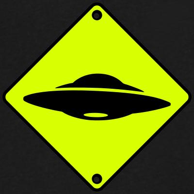 Les nouvelles technologies et moi : un antagonisme qui dure... - Page 7 Ovni-ufo-geek-Paul-Hellyer-extraterrestre-alien