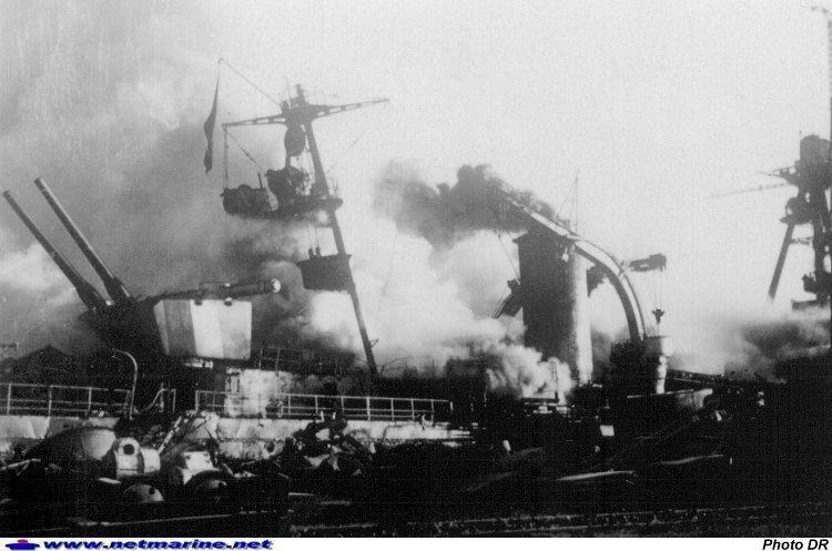 Sabordage de la flotte française à Toulon. Photo17
