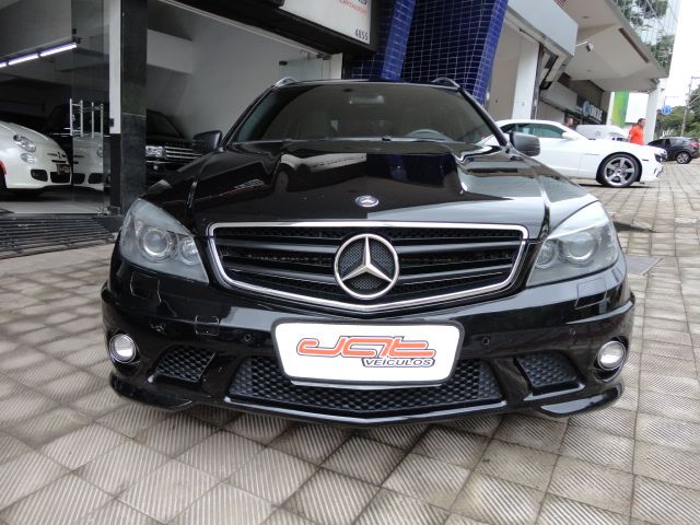 W204 C63 AMG Touring 2009 - R$ 170.000,00 A1493559