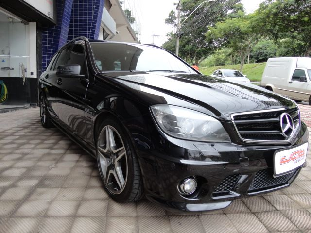 W204 C63 AMG Touring 2009 - R$ 170.000,00 A1493560