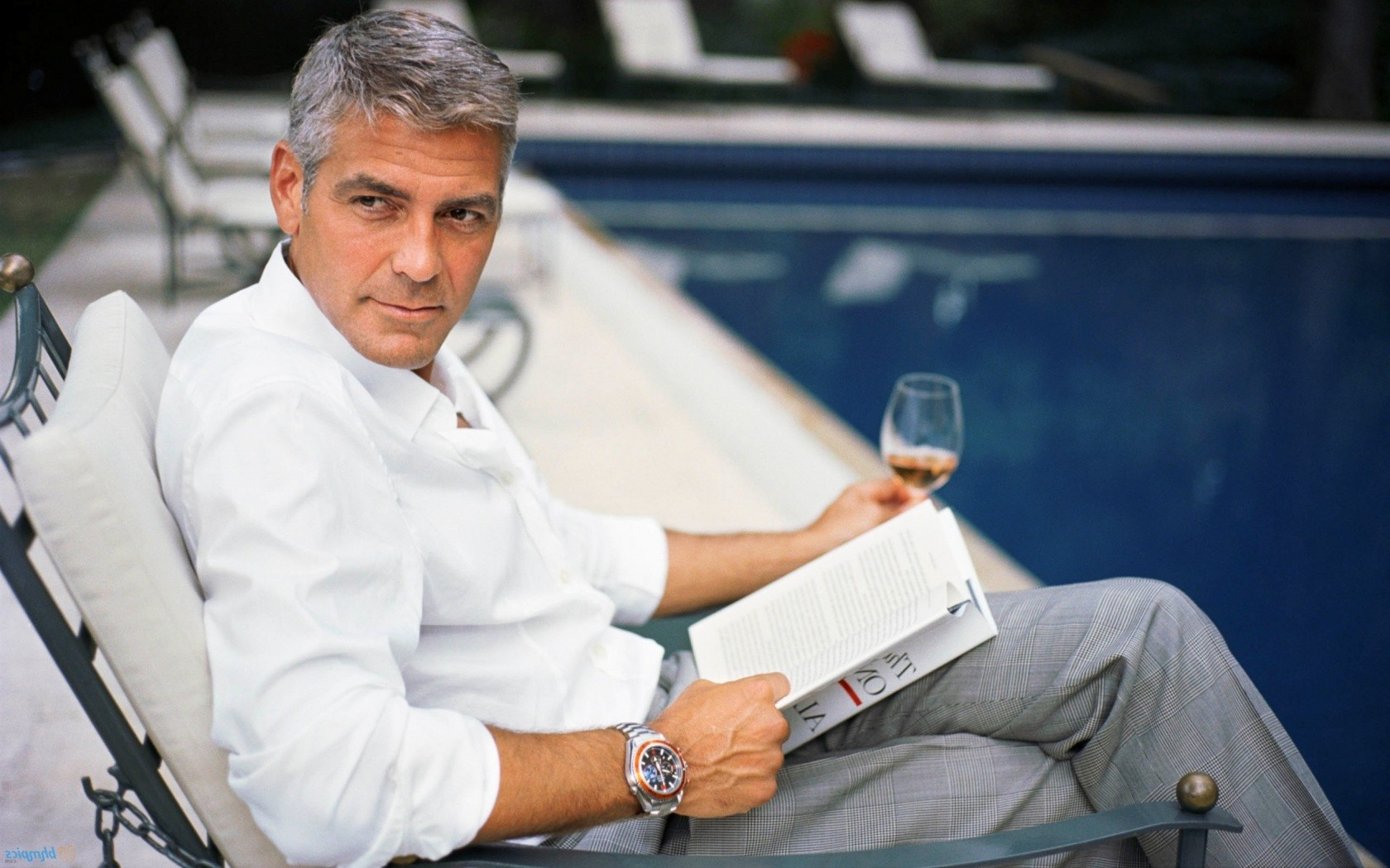 Here's Proof That Clooney Only Gets Better With Age George-clooney1