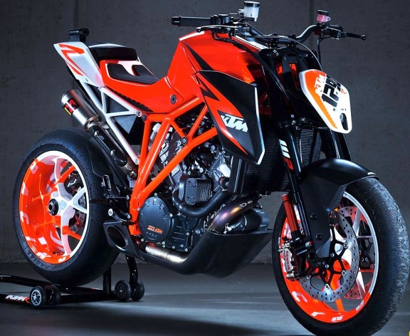 KTM 1290 Super Duke R Prototype KTM1290SuperDukeR5