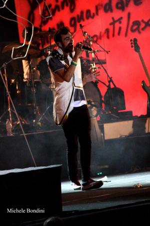 FOTO - RE MATTO TOUR Concerto_mengoni2_alta_definizione_201005191010620_zqg48r7r57dmxcckwo5f4urvw