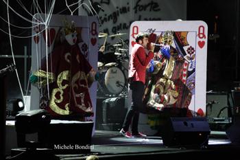FOTO - RE MATTO TOUR Concerto_mengoni3_alta_definizione_201005191010621_2qz529peshedoqnrx30lgsc3e