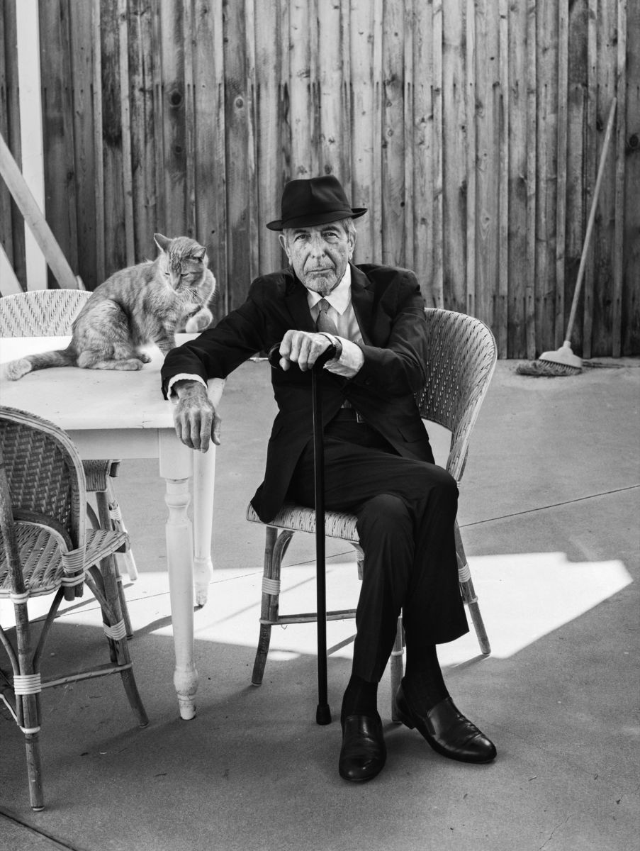 Leonard Cohen - Page 4 161017_r28842_rd-903x1200-1476123800