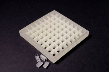 Metamaterial that bends, shapes and focuses sound waves Meta1-1