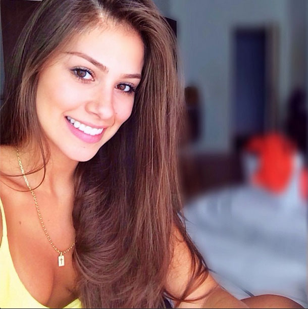 Hot or Not - Page 11 Gabriella-lenzi-neymar-new-girlfriend-picture-1