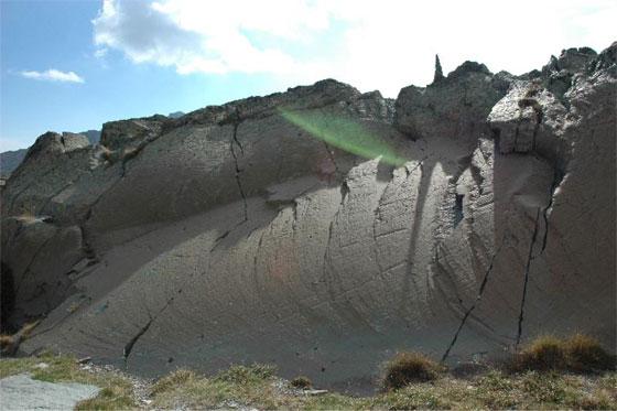 Le cadran solaire préhistorique do mont Bego Merveilles-2