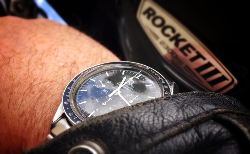 La montre du 20 juin Speedacier3
