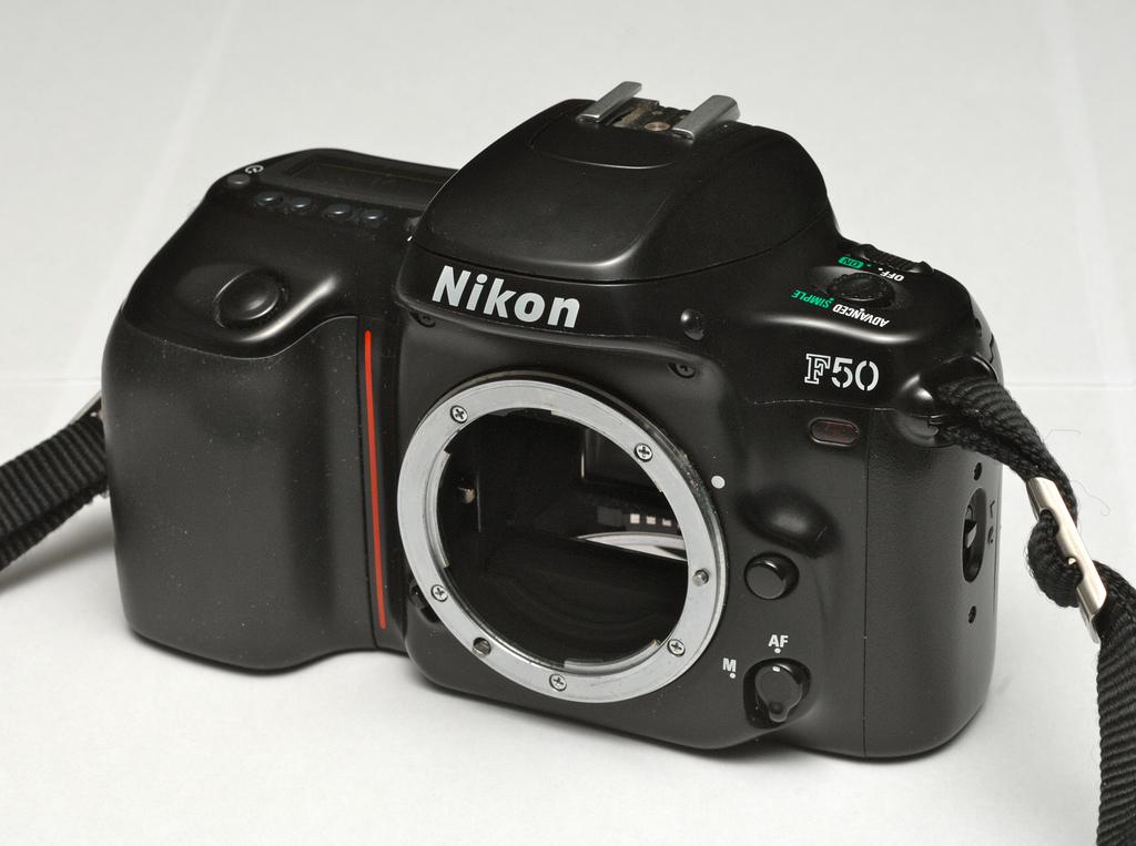 Concurso mensual de fotografía - dibujos - Página 6 Nikonf50